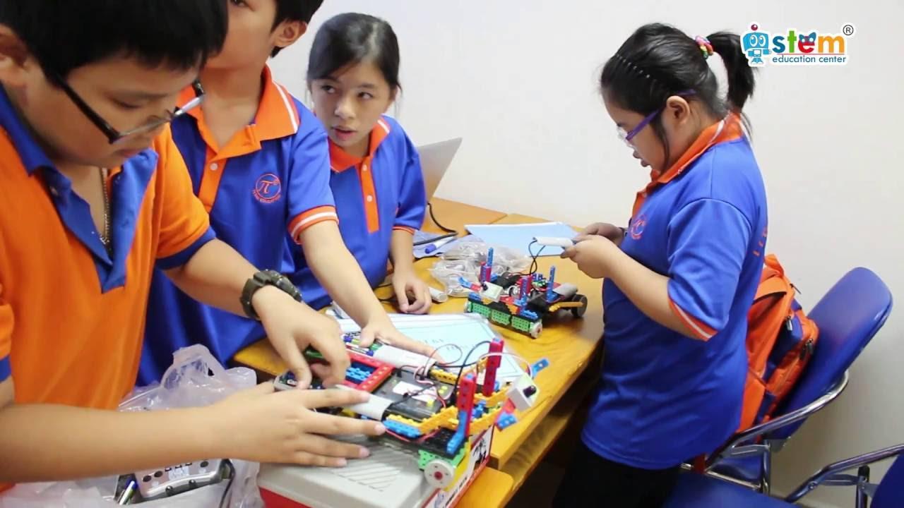 lap-trinh-robot-giup-be-phat-trien-ky-nang-tu-duy-1