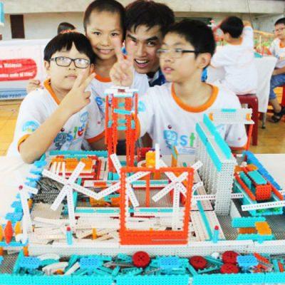 Lập trình Robot – Giúp bé phát triển kỹ năng tư duy