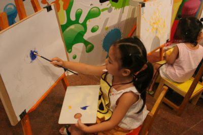 Phát triển tư duy sáng tạo cho trẻ qua môn Mỹ thuật