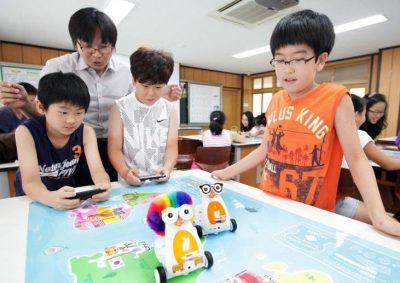 Học lập trình Robot giúp trẻ phát triển tư duy tốt hơn