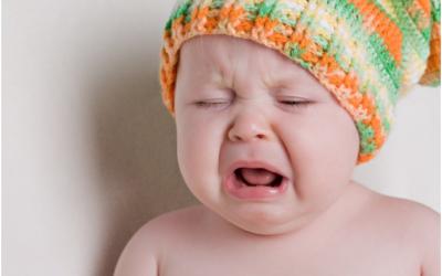 Bé khóc đêm, nguyên nhân và cách xử lý