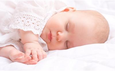 Có nên hay không khi cho bé nghe nhạc cho bé ngủ